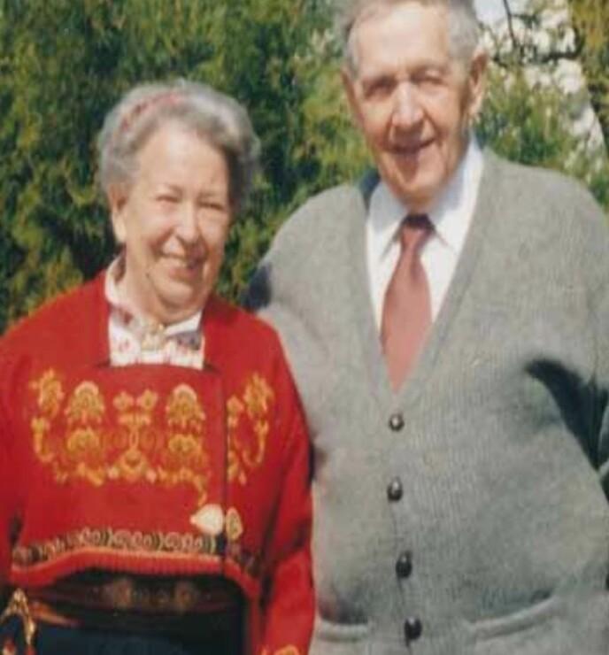 ET LANGT EKTESKAP: Krigen skilte dem. Men Marie fikk et langt ekteskap med sin mann Rolf etter at de giftet seg nyttårsaften 1945/46. Foto: PRIVAT