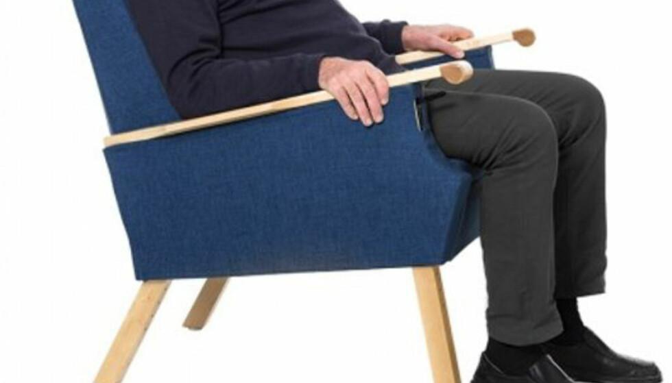 <strong>SPESIALSTOL:</strong> En stol som dette er bare en av tusenvis av hjelpemidler på markedet. Foto: HjelpemiddelPartner.