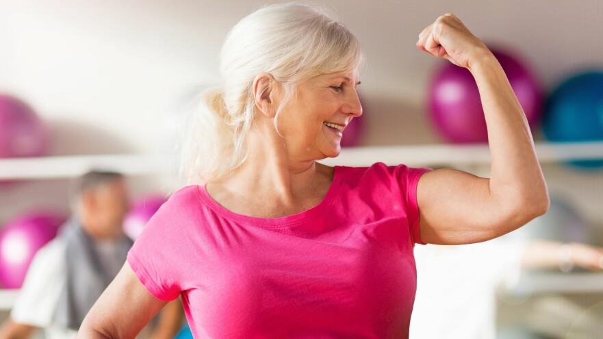 <strong>PÅ TOPP:</strong> Undersøkelsen viser at selvfølelsen er på topp når du runder 60 år. Foto: Scanpix.