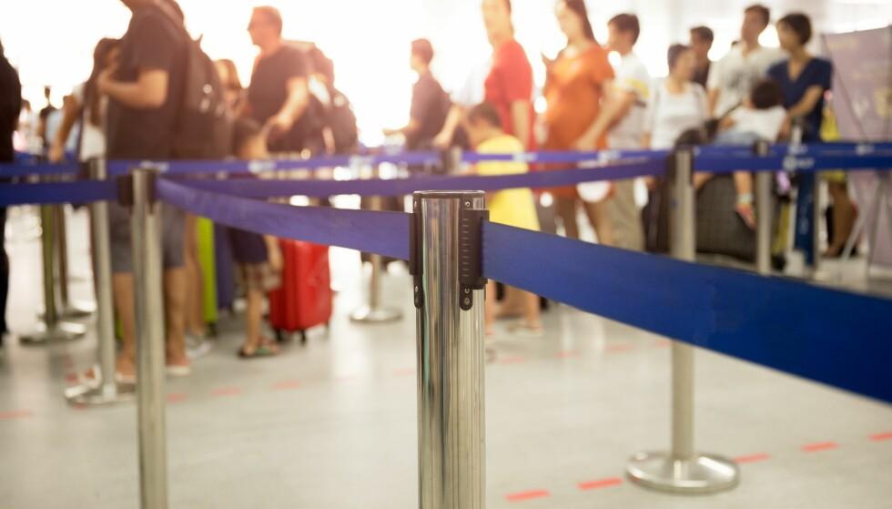 FØRST I KØEN: For en ekstra slant slipper å stå i kø ved sikkerhetssjekk, betaler du litt til får du også gå først på flyet. Foto: Scanpix.