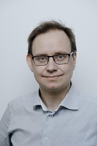 REGN MED TRØBBEL: Petter Thornam, ansvarlig lege i Sentrum Reisemedisin, mener du må regne med å få magetrøbbel i India eller Mexico. Foto: Paul S. Amundsen.