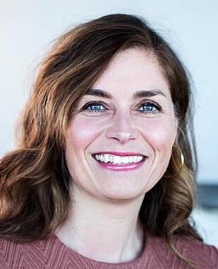 <strong>ANBEFALER FOND:</strong> Eva Sørmo, seniorrådgiver i Norsk Familieøkonomi. Foto: Norsk Familieøkonomi.