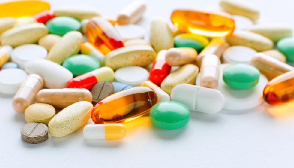 FARLIG: Bruk av kosttilskudd hos personer med demens kan være risikabelt både i henhold til dosering og påvirkningen av andre medisiner. Foto: Scanpix.