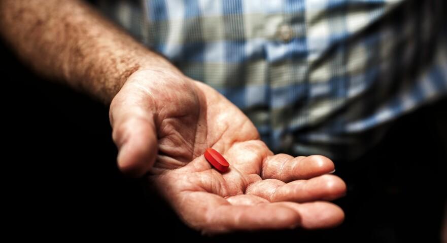 D-VITAMIN: Det er viktig å få i seg tilstrekkelig mengde, men selve vitaminet gjør ikke eldre sterkere, viser forskning. Foto: Scanpix.