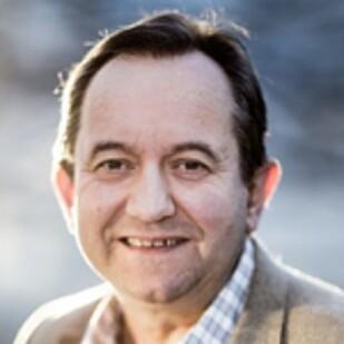 EKSPERT: Peder Inge Furseth, førsteamanuensis ved Handelshøyskolen BI, spesialist på e-handel og innovasjon. Foto: BI.