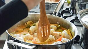 Ikke glem å røre i middagsgryta når maten kjøles ned