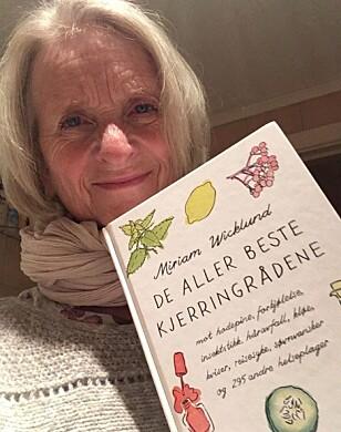 LIDENSKAP: Journalist og forfatter Miriam Wicklund har gitt ut ti bøker om kjerringråd. Hun er altså over gjennomsnittet opptatt av temaet. Foto: Privat.