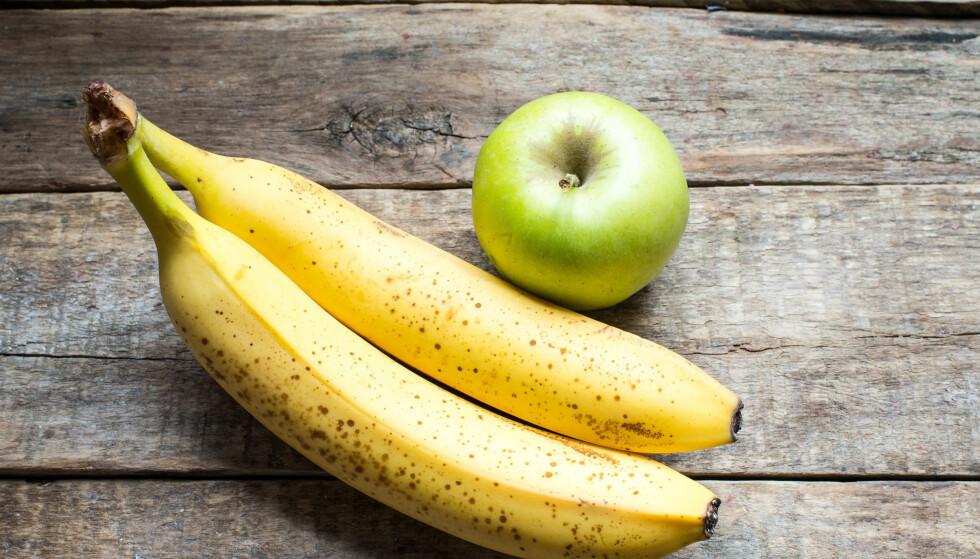 FEIL: Eple skiller ut etylengass som kan være skadelig for andre frukter siden dette fremmer modning og forråtnelse, for eksempel hos banan. Foto: Scanpix.