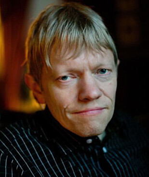 """<strong>GLAD I JULEHITS:</strong> Jon Vidar Bergan, plateanmelder, sakprosaforfatter og fagansvarlig for """"pop og rock"""" i Store norske leksikon. Foto: Privat."""