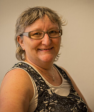 TIPSER: Hanne Olea Libakken ved Seniornett Norge. Foto: Privat.