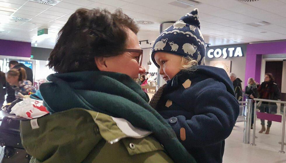 TRYGT: Gerd håper at barnebarna alltid vil føle seg trygge på at de kan komme til henne for å snakke når de trenger det. Foto: Privat.