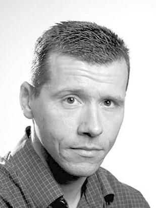 - MIDDAGSLUR NULLSTILLER HJERNEN: Ståle Pallesen, professor ved Universitetet i Bergen, mener middagsluren kan være nyttig. Foto: UIB.