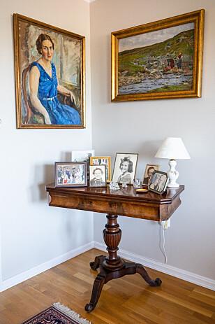 LUFT: Noen ting fortjener ekstra plass. Spillbordet til Mona Enger får trone i stuen. Foto: Audun Braastad / NTB scanpix