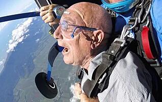 Arne (83) har hoppet fallskjerm og kjørt motorsykkel i Chile. Nå står Sydpolen på «bucketlisten»
