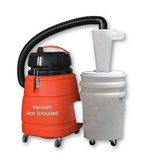 Sparer støvsugeren: En syklon tar unna grovarbeidet slik at det blir mindre jobb for støvsugeren. Pris ca. 1300 kr. Foto: Produsenten