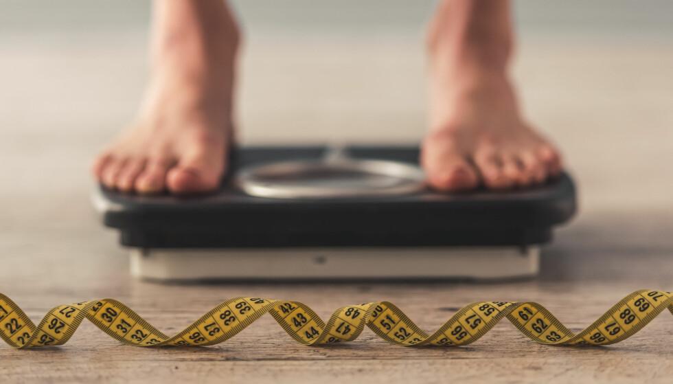 OVERVEKT: Overvekt og fedme fører med seg problemer, ikke bare for den enkelte, men også for samfunnet som helhet. Foto: Shutterstock
