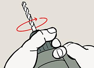 LØST GREP: Hold et løst grep i chucken og kjør motoren til klørne så vidt klemmer på boret. Illustrasjon: Øivind Lie-Jacobsen