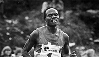 Knarvik i Hordaland, 1981: Et idrettsstevne blir vist på TV over store deler av verden