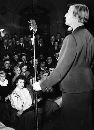 300 FOREDRAG: Allerede i 1931 holdt Elise Ottesen-Jensen 300 foredrag om seksualitet og prevensjon. Foto: NTB scanpix