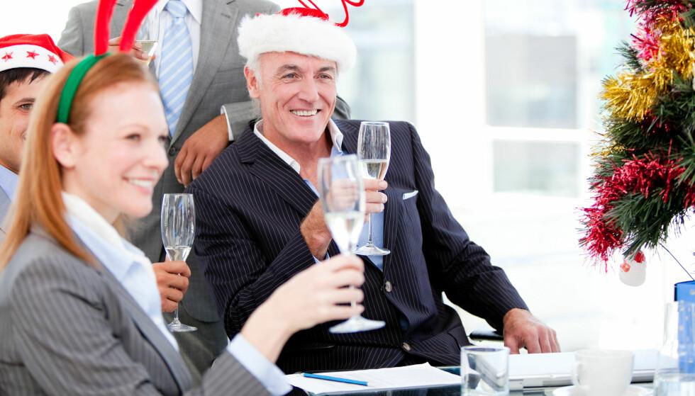 TÅLER MER: Kvinner tåler alkohol dårligere enn menn, selv om de veier det samme. Foto: Shutterstock