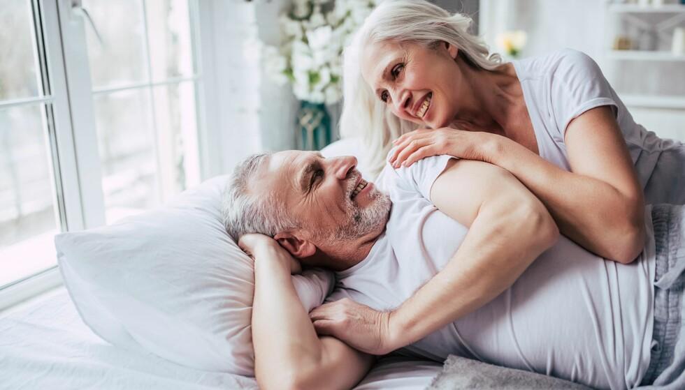 BEDRE SEX MED ÅRENE? Det tar tid å bli trygg på hverandre, og trygghet gir bedre sex, mener Cecilie Kjensli. Foto: Shutterstock