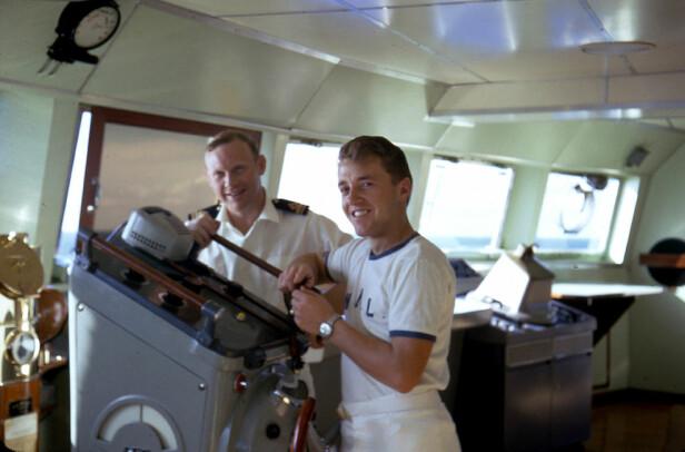 PÅ JOBB: Leif Arne Holen jobbet selv for Amerikalinjen på skipet Sagafjord. Foto: Privat
