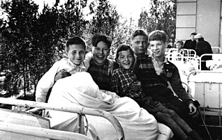 Som toåring med tuberkulose, ble Bjørn Harald reimet fast til sengen på sykehuset. Her lå han i ti år
