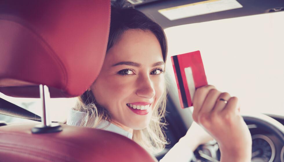 SPAR PENGER: Du kan potensielt spare penger på å sette ned kjørelengden på forsikringa. Foto: Pathdoc / Shutterstock / NTB scanpix.