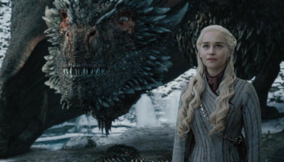SERIEN ER FERDIG: Det blir ingen nye episoder av Game of Thrones, og under ser du oppskriften på hvordan du avslutter HBO-abonnementet. Skal du se Daenerys Targaryen og hennes drager, blir det i form av repriser. Foto: NTB Scanpix.