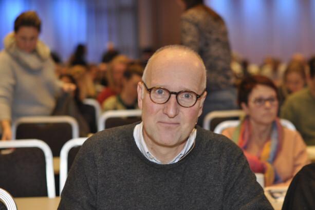 PSYKIATER: Jørgen Bramness advarer mot langvarig bruk av sovepiller. - Etterhvert behandler man bare det faktum at man ikke klarer seg uten, sier han. FOTO: Privat.