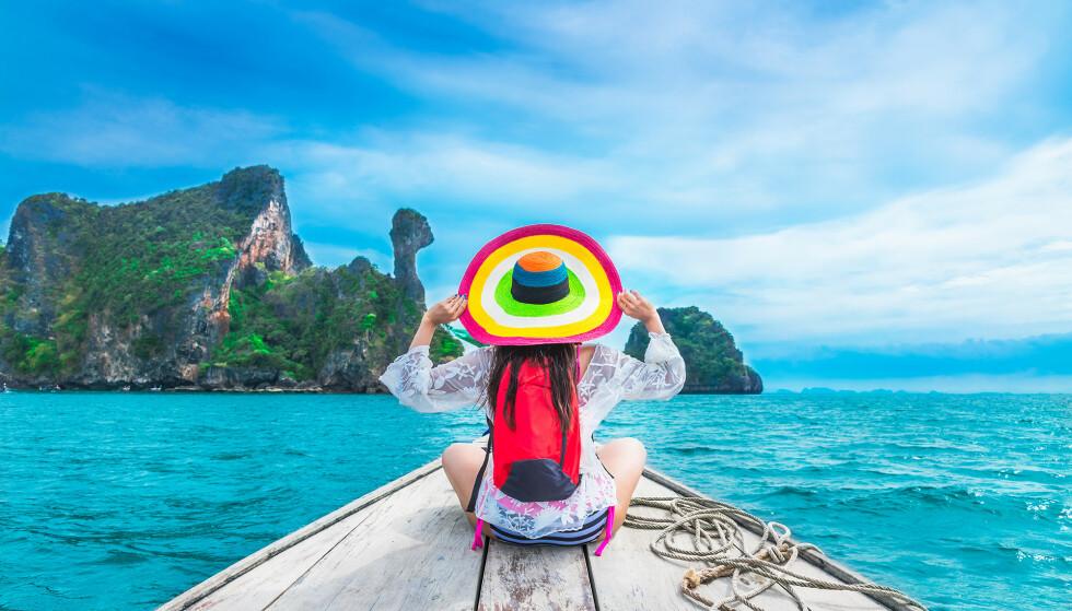 GOD TUR: Du kan selvsagt ha med deg medisinene dine på reisen. Men det er noen regler som må følges. Foto: Shutterstock / NTB scanpix