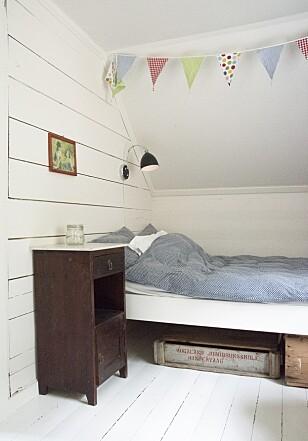 SKRÅTAK: Alle soverommene ligger på loftet.