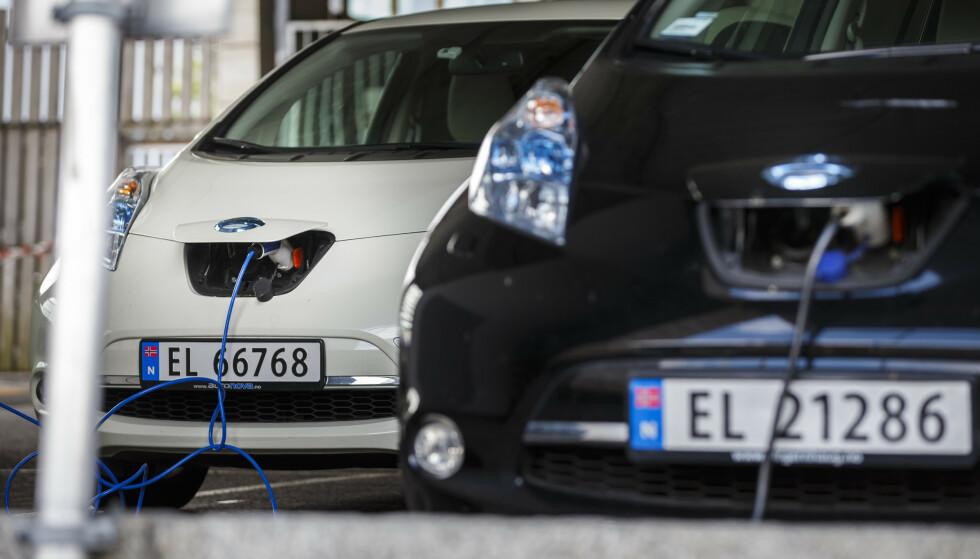 HVOR MANGE? Hvor mange elbiler er det i Norge? Og hvor mange er det i verden? Foto: Heiko Junge/NTB scanpix.
