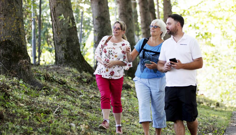 <strong>UTE PÅ TUR:</strong> Gjennom Stolpejakten har Liv Langberg, Mona Ekeheien og Geir-Arne Eriksen fått mange flotte turopplevelser rundt omkring i landet. FOTO: Geir Olsen/NTB scanpix-