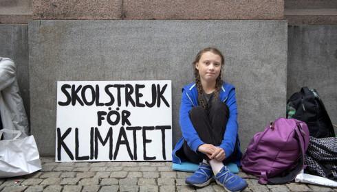 STARTEN: Alle bevegelser har en begynnelse. Barn og unges verdensomspennende klimastreiker startet med Greta Thunberg utenfor Riksdagen i Stockholm. (Foto: NTB/Scanpix)