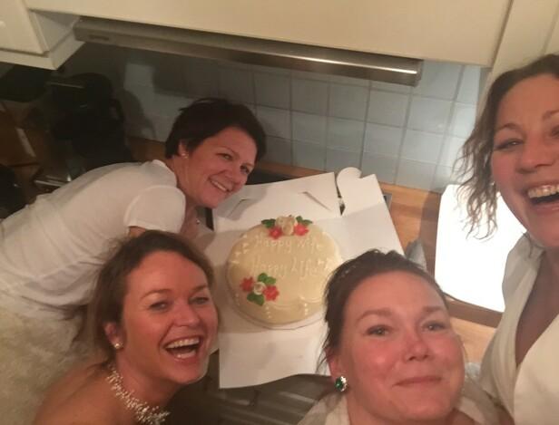 HAPPY WIFE, HAPPY LIFE: Sa brura. Brudekjolefest anno 2015.