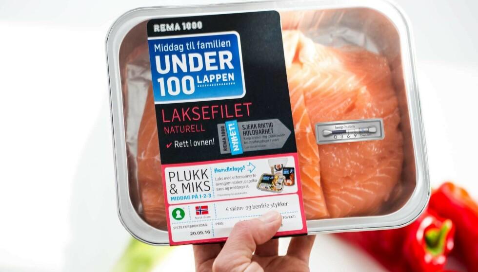 KEEP-IT: Det termoteter-lignende merket er festet på emballasjen til kylling og fisk som selges i enkelte butikker. Foto: Rema.no.
