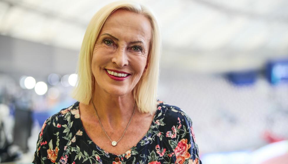 SISTE VM: Karen-Marie Ellefsen har enn 40 års erfaring fra NRK-sporten. Her under årets friidretts-VM i Doha. Foto: Lise Åserud / NTB Scanpix