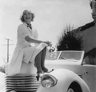 GLAMOUR. Sonja Henie var en av Hollywoods best betalte kvinner. Foto: Scanpix