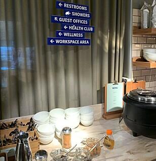 Innlandsloungen til SAS på Gardermoen har både treningsrom, dusjer og egne kontorlandskap.