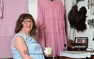 Hun er bygdas eneste transperson, og ble tatt imot med åpne armer