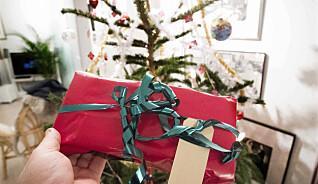 Ekspertens råd: Slik sparer du flere tusen på julegaver