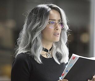 SALMA HAYEK farget  håret grått for sin rolle  i filmen The  Hummingbird Project.  Legg merke til de ulike  nyansene! Foto: NTB Scanpix