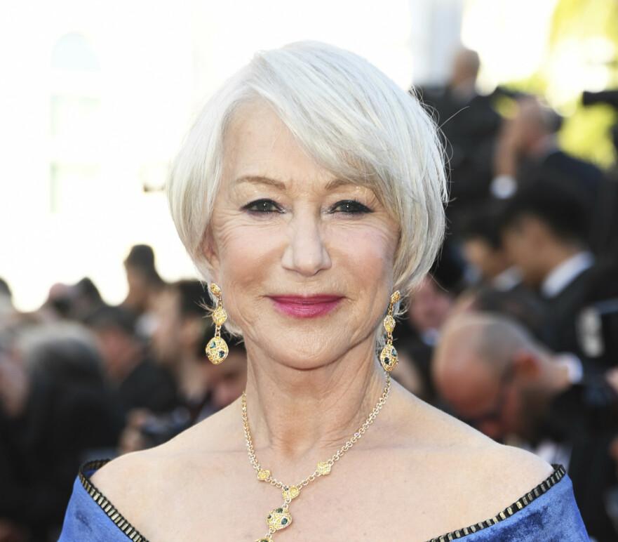 <strong>VOKSEN OG FAB:</strong> Helen Mirren har alltid båret sin sølvgrå manke med stil. Sjekk forresten sminken hennes – helt perfekt. Foto: NTB Scanpix