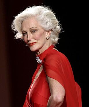 CARMEN DELL'OREFICE  er faktisk 87 år gammel!  Hun er et levende  eksempel på at klær,  hud, hår og sminke  henger nøye sammen. NTB scanpix