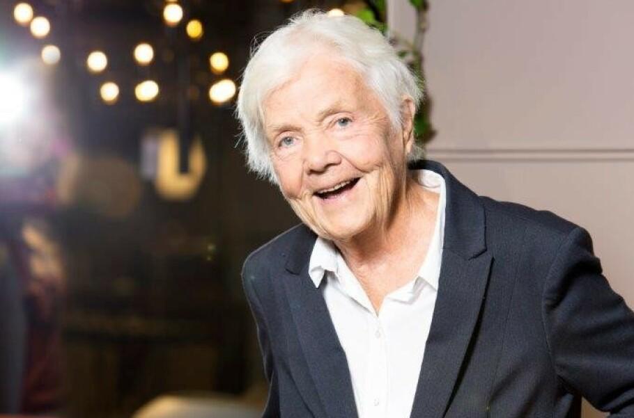 FORBILDE: Astrid Nøklebye Heiberg vil ikke være med på at hun er et forbilde. – Jeg er ikke så mild og vidunderlig som det ser ut til, sier hun på sitt beskjedne vis.  Foto: Ellen Jarli