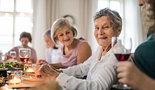 Barn reagerer på besteforeldres drikking: - De synes det er skummelt