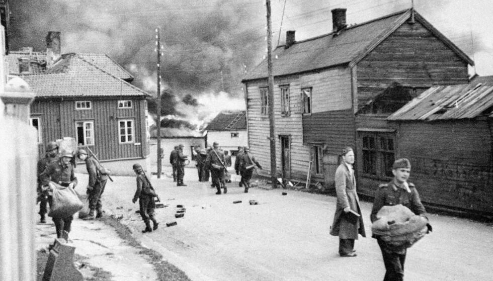 ISKALD BESKJED: Den tyske krigsmakten ga befolkningen i Finnmark ordre om å eva-kuere. Foto: Privat