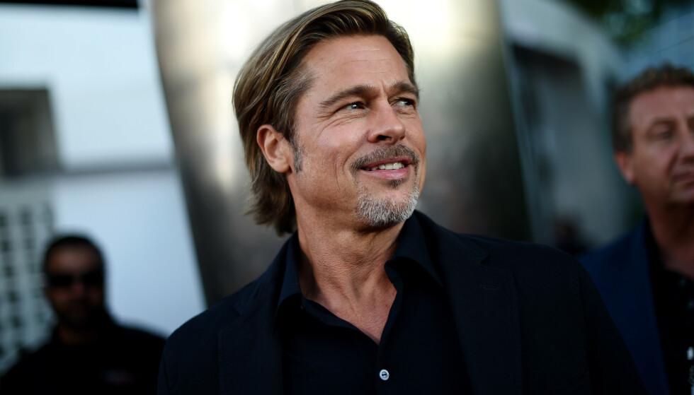 HOLLYWOOD-STIL: De store kjendisene får nok hjelp av egne stylister, men Brad Pitt er tro til sin egen klesstil også på fritiden. Foto: NTB Scanpix