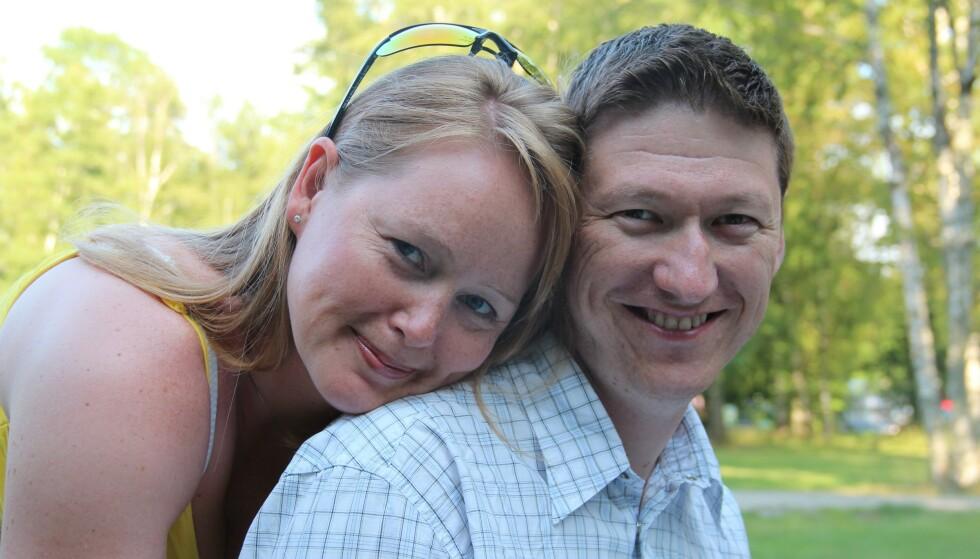 KJÆRLIGHETEN: Ragnhild og Ole Kristian kjøpte leilighet sammen og forlovet seg samme år som de traff hverandre. De var aldri i tvil om at det var de to. Foto: Privat